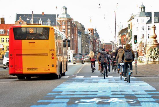 Cycling in Copenhagen – bikes vs. busses