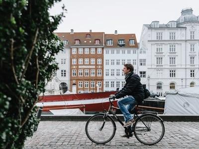 Cycling in Amsterdam Centrum