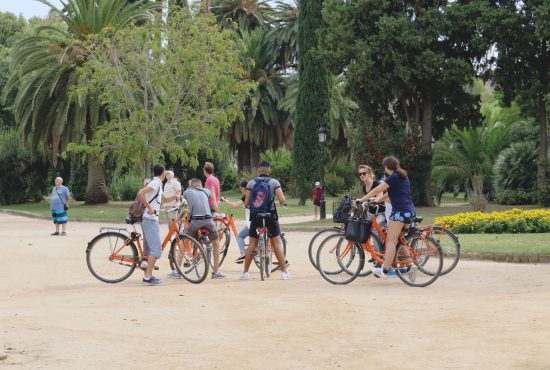 The green, green grass of Barcelona | green bike tour