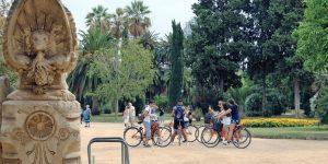 Barcelona green bike tour, in Parc de la Ciutadella