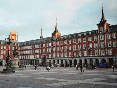 Cycling to Plaza Mayor