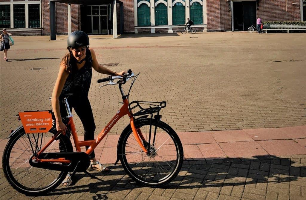 Deichtorhallen MyCityHighlight Hamburg Donkey bike