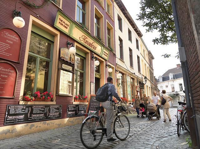 biking in Ghent