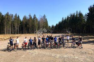 Donkey Republic team picture bikes forest